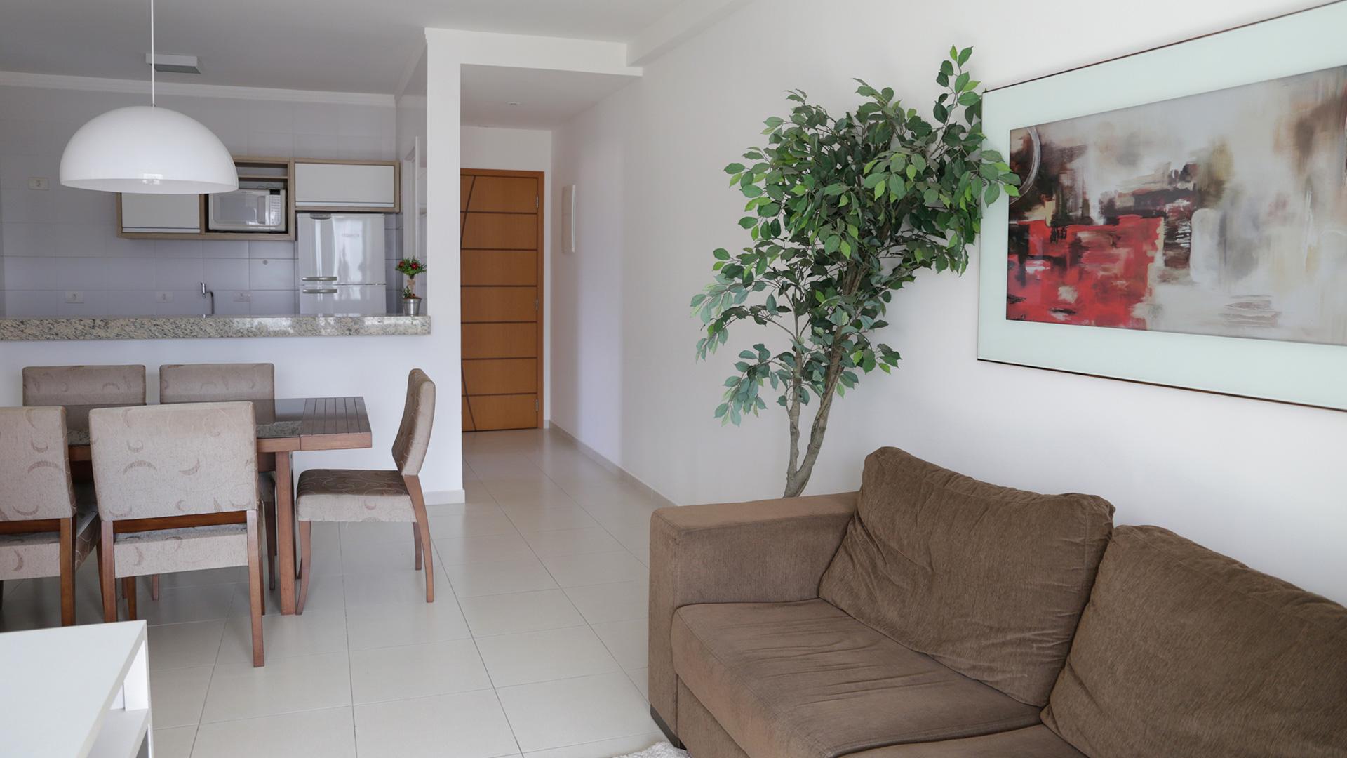 Sala de estar e entrada